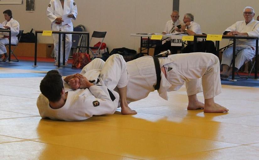 5e danexamen Sebastiaan Fransen ude-hishigi-jūji-gatame